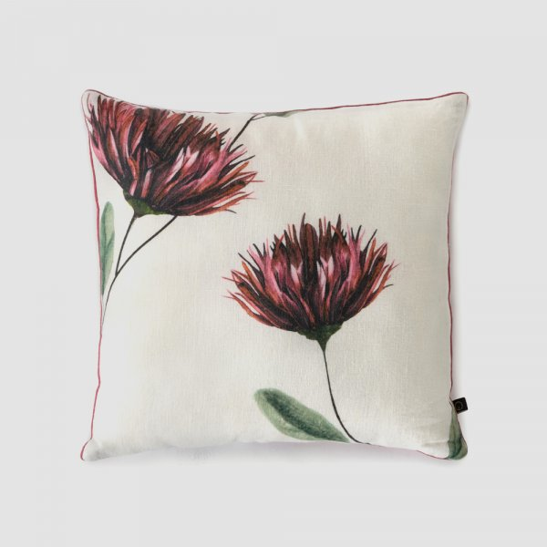 SWAYING CHRYSANTHEMUMS CUSHION COVER
